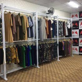 giá treo quần áo giá rẻ